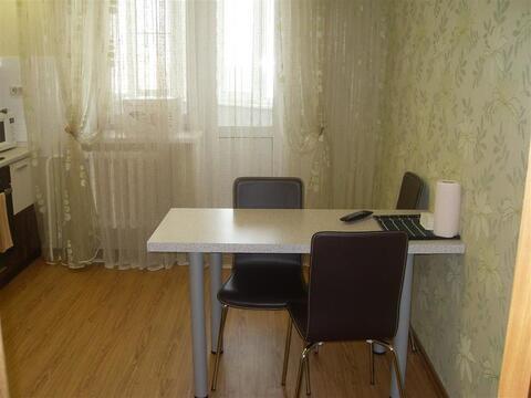 Улица П.Смородина 3; 2-комнатная квартира стоимостью 25000 в месяц . - Фото 1