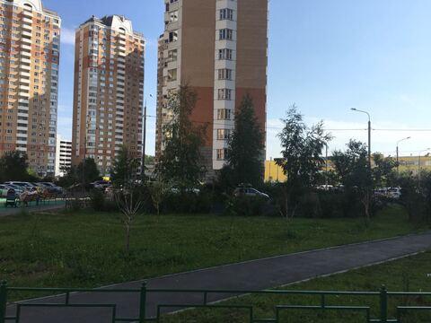 2-х ком.кв-ра, град Московский, ул.Солнечная, д.15 - Фото 2