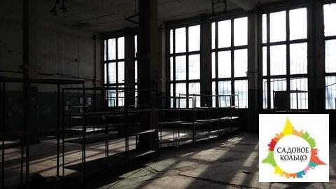 Под произ-во/склад, площ. 110 м2 выс. потолка: 3,4 м, 324 м2 выс. 7 м, - Фото 1