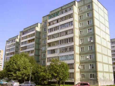 Продажа двухкомнатной квартиры на улице Аксенова, 14 в Обнинске, Купить квартиру в Обнинске по недорогой цене, ID объекта - 319812433 - Фото 1