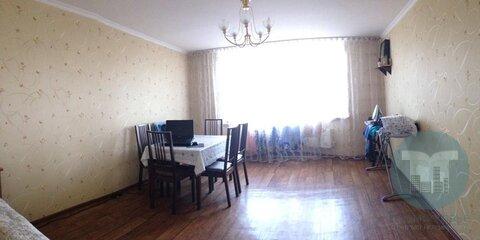 Продается просторная трехкомнатная квартира в центре города. - Фото 2