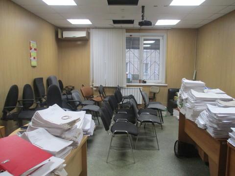 Сдаю помещение 297,7 кв.м. по ул. Челюскинцев - Фото 1
