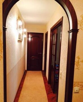 Продается двухкомнатная квартира Московская область Пушкинский район п. Доброе. Квартира в собственности более 3 лет, один собственник, свободная продажа. 44/18/10/кухня 6, комнаты раздельные, сус, дом кирпичный. В квартире хороший ремонт, остается часть мебели. Дом находится в живописном месте, рядом лес, река.