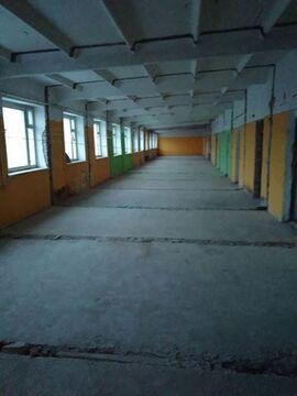 Сдам производственное помещение 1000 кв.м, м. Проспект Ветеранов - Фото 1