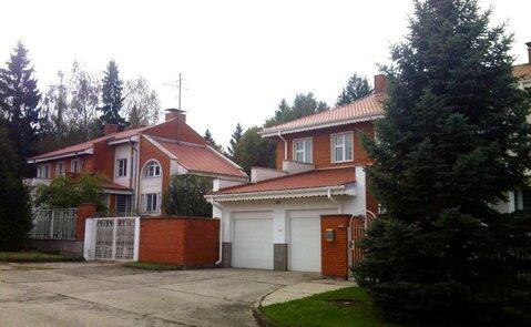 Объявление №49697120: Продаю 7 комн. квартиру. Малоярославец, ул. Парковая, 94,