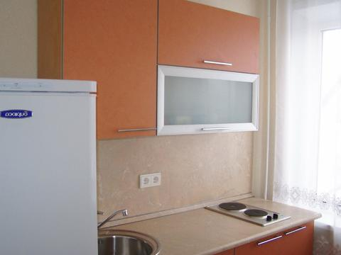 Сдам квартиру посуточно, Квартиры посуточно в Екатеринбурге, ID объекта - 313850217 - Фото 1