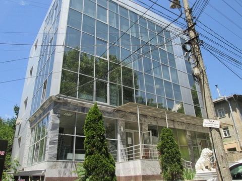 Продается отдельно стоящее торгово-офисное здание 833 кв.м. - Фото 1