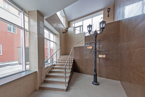 "Продам 1-к в ЖК ""Аристократъ"" (Бизнес-класс в центре, потолки 3 метра) - Фото 4"