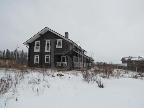 Новый коттедж в сформированном коттеджном поселке в окружении леса! . - Фото 3