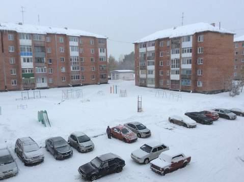 Двух комнатная квартира в Рудничном районе (Кедровка) города Кемерово - Фото 4