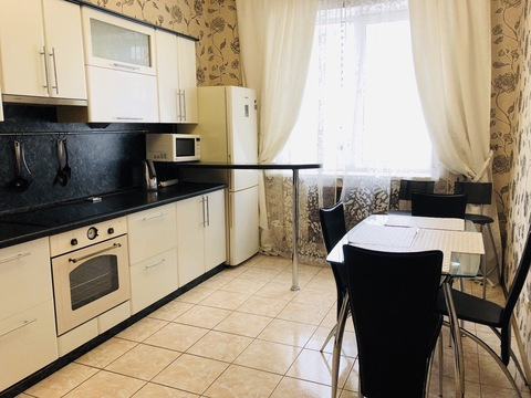 Сдаётся 2к. квартира на Белинского в новом доме - Фото 1
