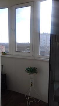 Продам 1-комнатную квартиру в Магнитогорске с кухней 14 кв.м. - Фото 2
