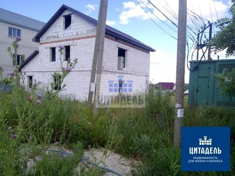 Рядом с Юго-западным рынком участок с недостроенным коттеджем - Фото 3