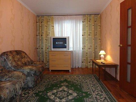 Сдается посуточно отличная 2- комн. квартира в Жлобине, м-н 16, дом 20 - Фото 1