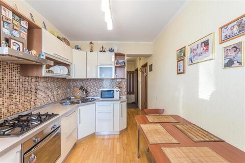 Продается 3-к квартира (улучшенная) по адресу г. Липецк, ул. . - Фото 3