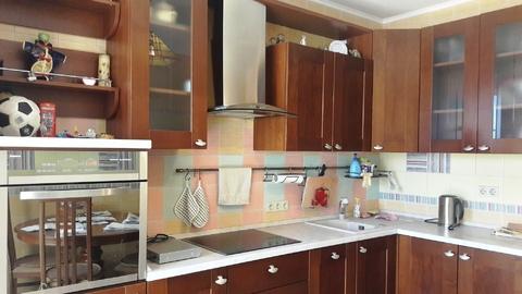 Кирпичный дом по индивидуальному проекту, 2 комн.квартира - Фото 3