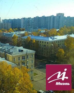 Продам 2-к квартиру, Москва г, Ярцевская улица 4к2 - Фото 1