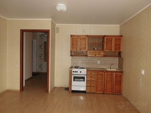1 комнатная квартира в Тюмени, ул. Судоремонтная, д. 29 к. 1 - Фото 1