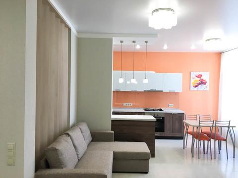 Сдается отличная 3-х комнатная квартира 73 кв.м. ул. Долгининская 6 - Фото 1