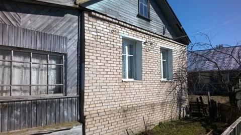 Дом щитовой обложен кирпичом , 3 км. от Старой Руссы. - Фото 1