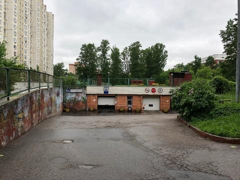 Машино-место ул. Новочеремушкинская, д.52к3