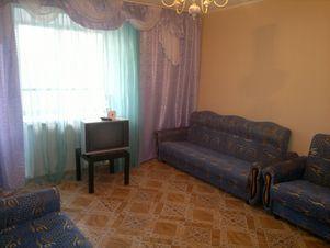 Аренда квартиры посуточно, Курган, Ул. Блюхера - Фото 1