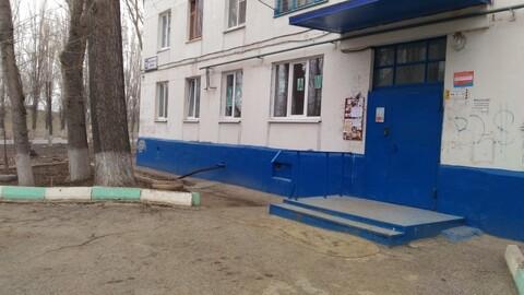 1-к полноценная квартира в Балаково ул. Набережная Леонова 28 - Фото 1