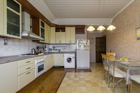 4-комнатная квартира 140 кв.м. 7/9 кирп. на ул. Маршала Чуйкова, д.65 - Фото 2