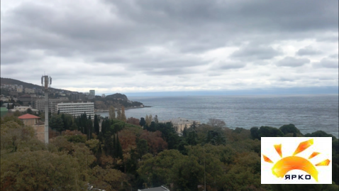 Продажа двухкомнатной квартиры с видом на море в Гаспре. - Фото 4