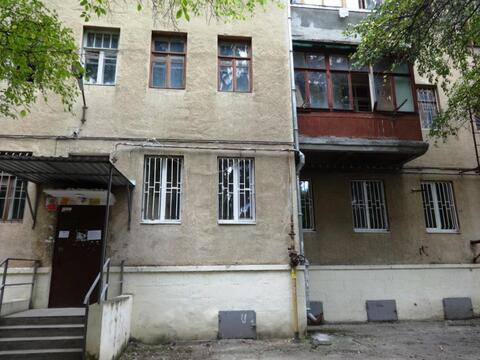 Купить квартиру Сталинских времен в центре Кисловодска - Фото 1