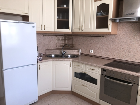 Продается 2-х комнатная квартира на Мичуринском пр-те д.9 корп2 - Фото 2