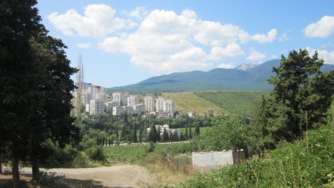 Продаётся земельный участок 10 соток в Алуште, р-н водоканала - Фото 1