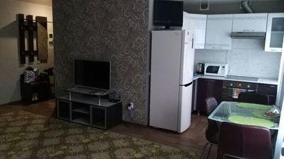 Аренда квартиры посуточно, Большой Камень, Улица Карла Маркса - Фото 1