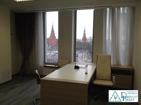 Офис 398 кв. м. с видом на Кремль, 2 мин. пешком от метро Боровицкая - Фото 1