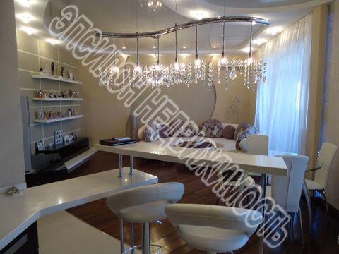 Продается 3-к Квартира ул. Школьная, Купить квартиру в Курске, ID объекта - 330976047 - Фото 1
