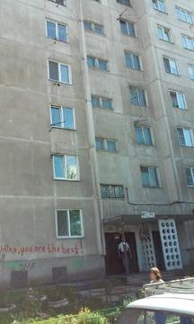 Продам 3-х комнатную квартиру Парашютная 70а - Фото 1