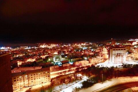 1-комнатная квартира.Панорамный вид из окон на центр города, залив. - Фото 3