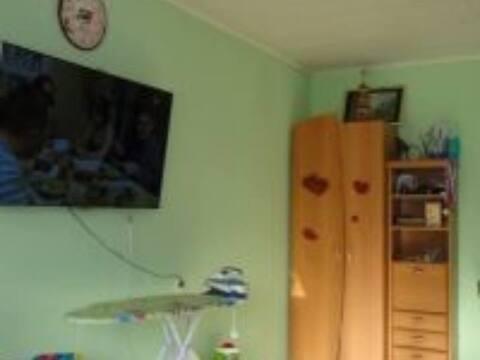 Продажа двухкомнатной квартиры на Портовой улице, 38к2 в Магадане, Купить квартиру в Магадане по недорогой цене, ID объекта - 319880135 - Фото 1