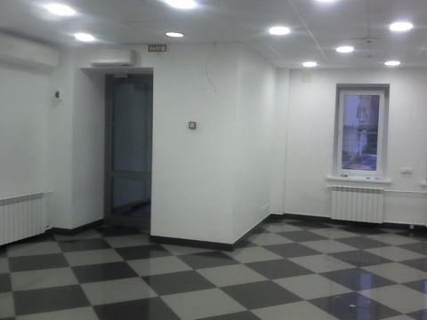 Торговое помещение на первом этаже с отдельным входом, 50 кв.м - Фото 2