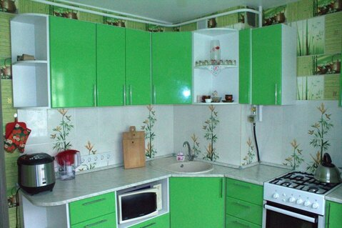 3-к квартира ул. Чудненко, д. 93, Купить квартиру в Барнауле по недорогой цене, ID объекта - 322159180 - Фото 1