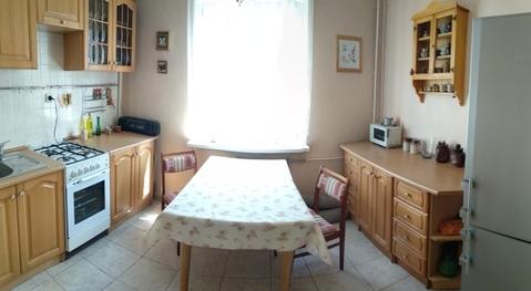 Продам 2-комнатную квартиру ул. Борзова - Фото 1
