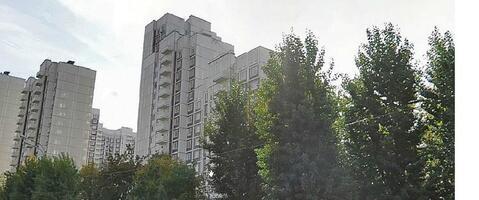 В аренду просторная 1-комн. квартира, ул. Обручева,22 - Фото 2