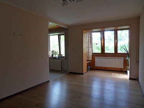 2-х комнатная с ремонтом, 3 этаж - Фото 1