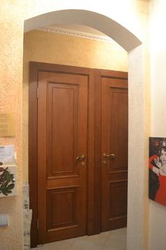Продаётся однокомнатная квартира с евроремонтом по адресу: Щёлково, ул. Беляева, дом 39 (пешая доступность до ж/д платформы Бахчиванджи). Квартира расположена на 5-ом этаже 5-ти этажного панельного дома (наврху технический этаж) с улучшенной планировкой, общая площадь 33. 1 кв.м комната 15кв.м кухня 8 кв.м. Есть балкон, выход из кухни. 1 взрослый собственник, дкп более 3-х лет, свободная продажа.