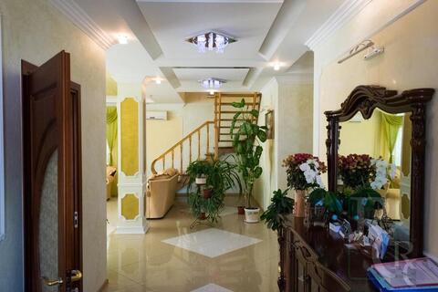 Дом с дизайнерским ремонтом в престижном районе - Фото 3