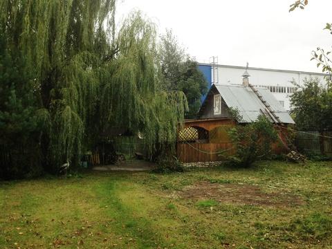 Земельный участок ИЖС 25 соток с 2х эт. домом и надворными постройками - Фото 1