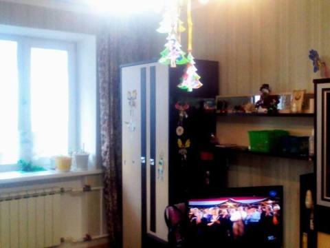 Продажа двухкомнатной квартиры на улице Калинина, 61 в Благовещенске, Купить квартиру в Благовещенске по недорогой цене, ID объекта - 319714900 - Фото 1