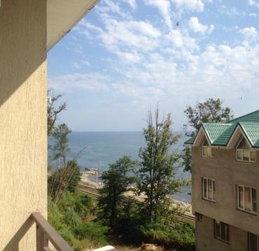 Дом в Сочи на беорегу моря для семейного отдыха 2 спальни 180м2 - Фото 1