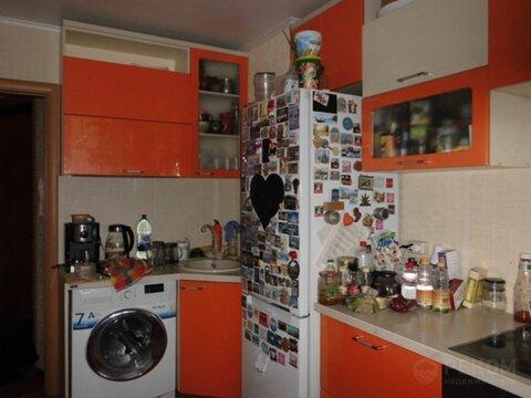 2 комнатная квартира с ремонтом, ул. 50 лет Октября, д. 21 - Фото 1