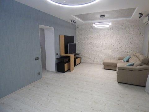 Продажа квартиры с дизайнерским ремонтом - Фото 1